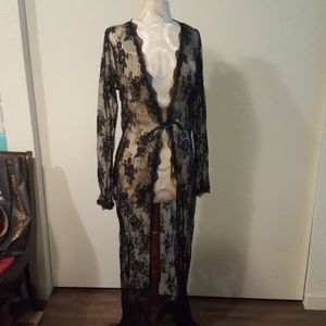 Dreamgirl lace robe